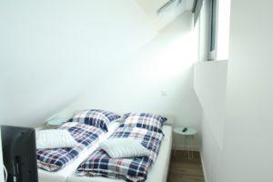 Schlafz. mit Doppelbett