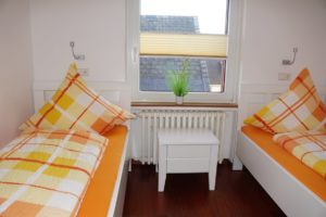 Miin Hues iip Lun Schlafzimmer orange